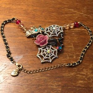 Betsey Johnson spider web necklace
